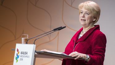 Kornelia Haugg, Abteilungsleiterin im Bundesministerium für Bildung und Forschung, eröffnet die Preisverleihung