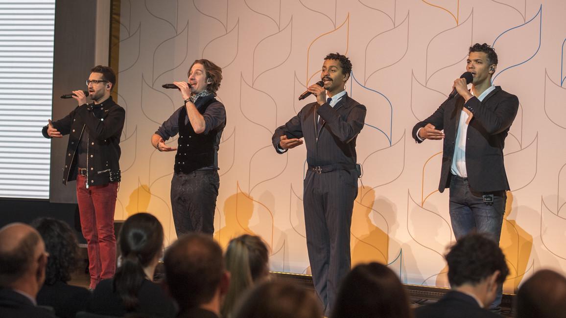 Musikalisch wurde die Preisverleihung durch die Vokalband Delta Q begleitet