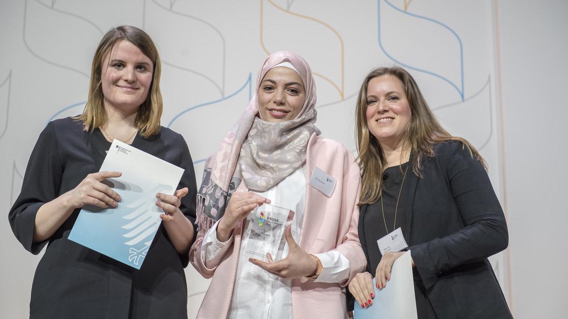 Eva Thöne und Maria Feck gewinnen in der Kategorie Projekte für ihre Berichterstattung
