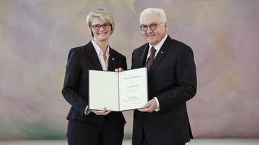 Anja Karliczek wird von Bundespräsident Frank-Walter Steinmeier zur Bundesministerin für Bildung und Forschung ernannt