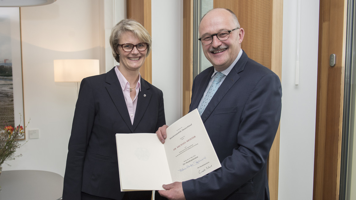 Bundesministerin Anja Karliczek ernennt Michael Meister zum Parlamentarischen Staatssekretär