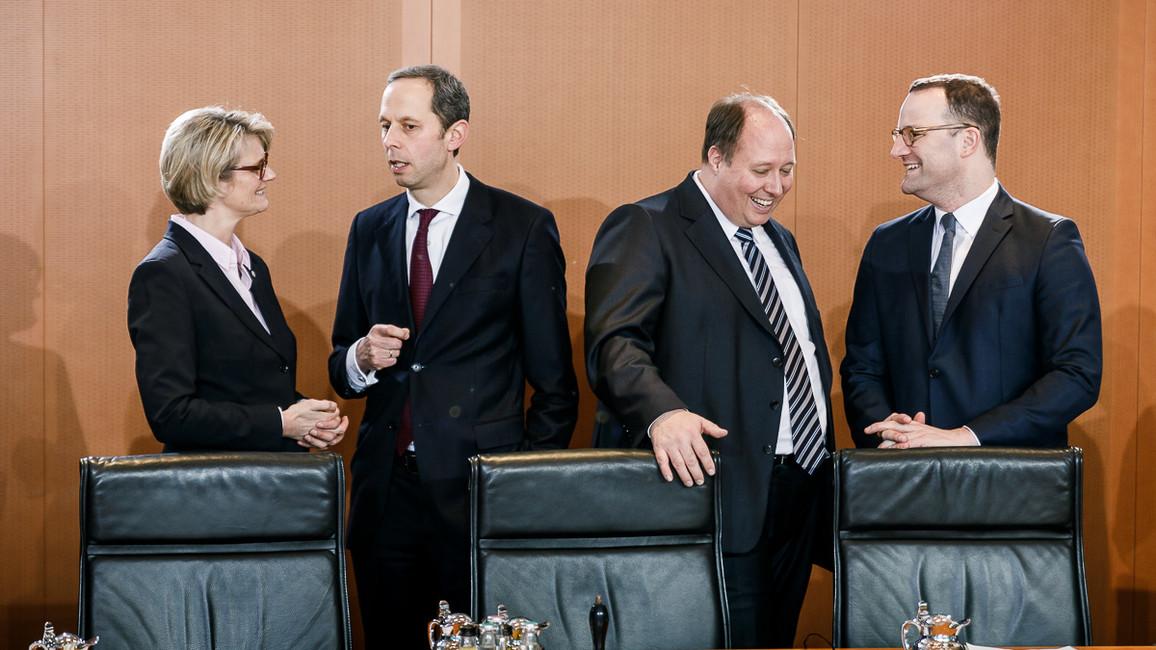 Bundesministerin Anja Karliczek am Rande der konstituierenden Sitzung des Bundeskabinetts.