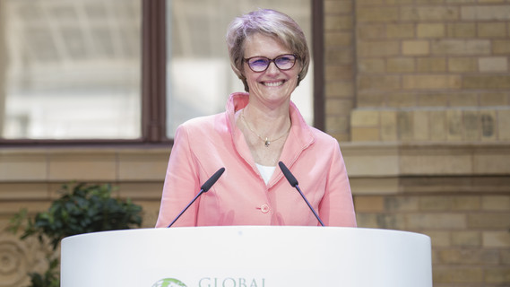 Bundesministerin Anja Karliczek während ihrer Eröffnungsrede