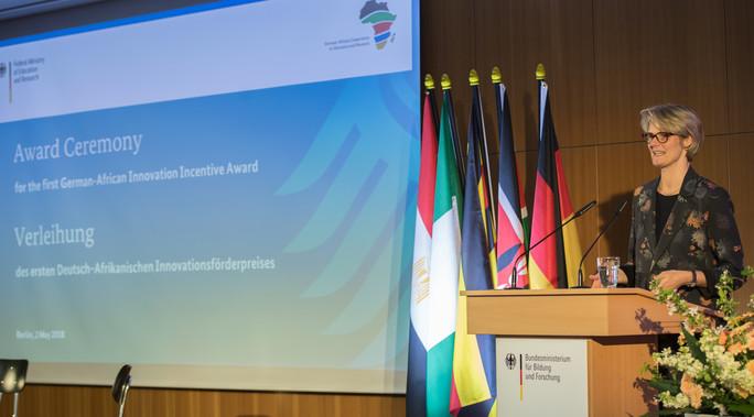 Poster zum Video Verleihung des Deutsch-Afrikanischen Innovationsförderpreises