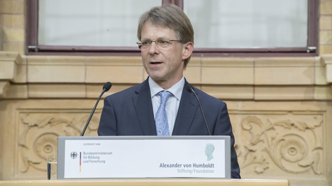 Hans-Christian Pape, Präsident der Alexander von Humboldt-Stiftung, begrüßte die Gäste.