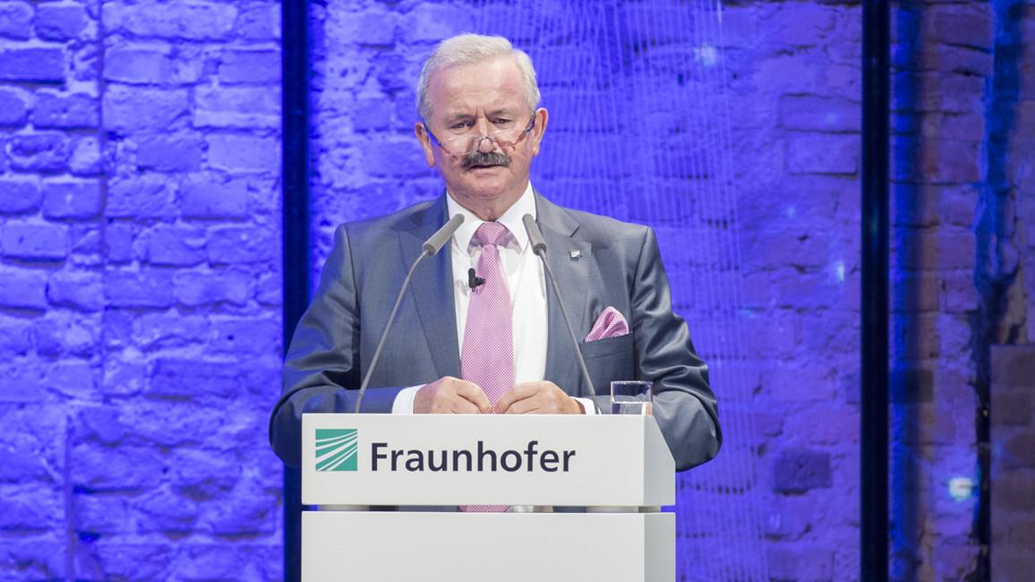 Reimund Neugebauer, Präsident der Fraunhofer-Gesellschaft, begrüßte die Gäste