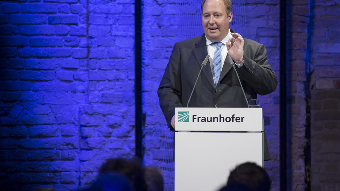 Helge Braun, Chef des Bundeskanzleramtes, während seines Grußwortes
