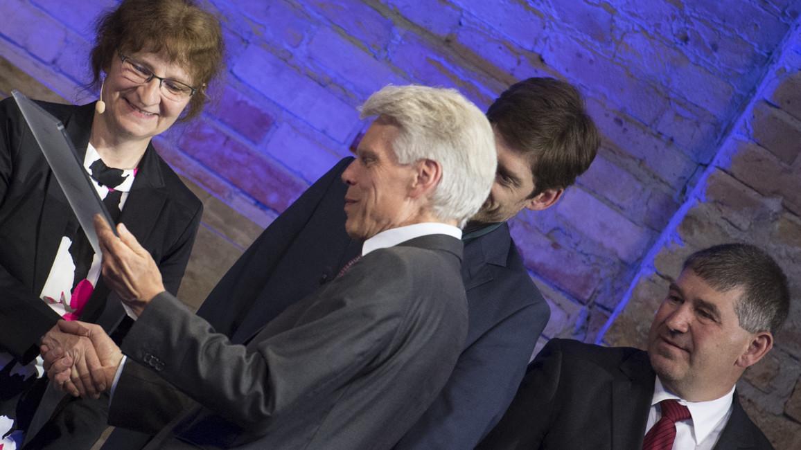 Im rahmen der Jahrestagung wurde der Preis des Stifterverbandes für die Deutsche Wissenschaft verliehen