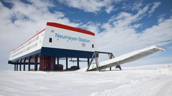 Die deutsche Forschungsstation Neumayer-Station III in der Antarktis