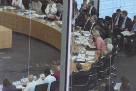 Am Mittwoch besuchte Bundesministerin Anja Karliczek den Ausschuss für Bildung, Forschung und Technikfolgenabschätzung. Im Gespräch mit den Ausschussmitgliedern erläuterte sie den Haushaltsentwurf des BMBF für das Jahr 2018.