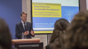 Georg Schütte, Staatssekretär im Bundesministerium für Bildung und Forschung, während seiner Rede im Rahmen des Leopoldina-Forums \'Brain Power for Sustainable Development\'