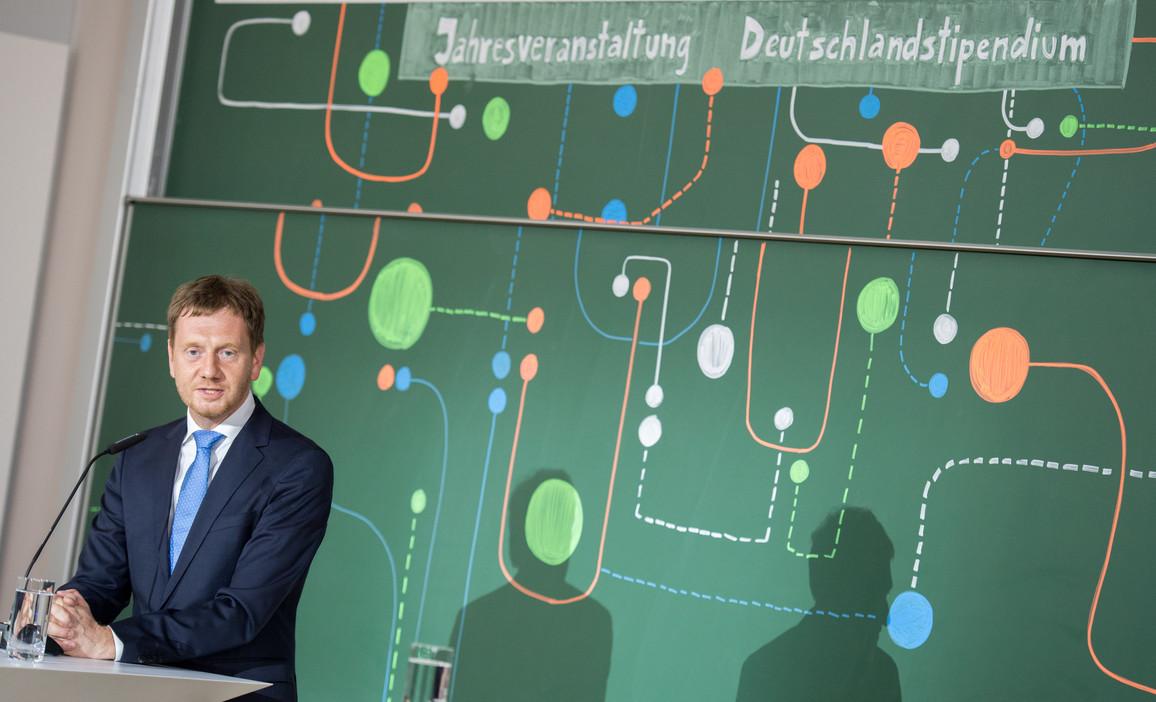 Michael Kretschmer, Ministerpräsident von Sachsen, betonte, wie wichtig das Deutschlandstipendium für den Wissenschaftsstandort Deutschland ist.