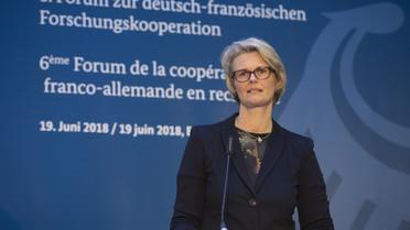 Bundesministerin Anja Karliczek während ihrer Rede zur Eröffnung des 6. Forum zur deutsch-französischen Forschungskooperation