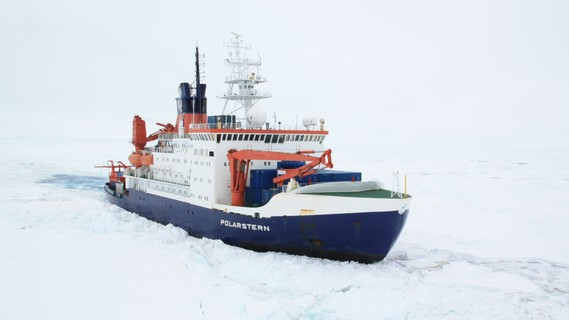 FS Polarstern auf dem Weg zur Neumayer-Station III in die Antarktis