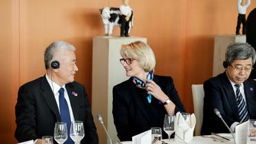 In Berlin fanden die Deutsch-Chinesischen Regierungskonsultationen statt. Hier ist Bundesforschungsministerin Anja Karliczek im Gespräch mit ihrem chinesischen Amtskollegen Wang Zhigang