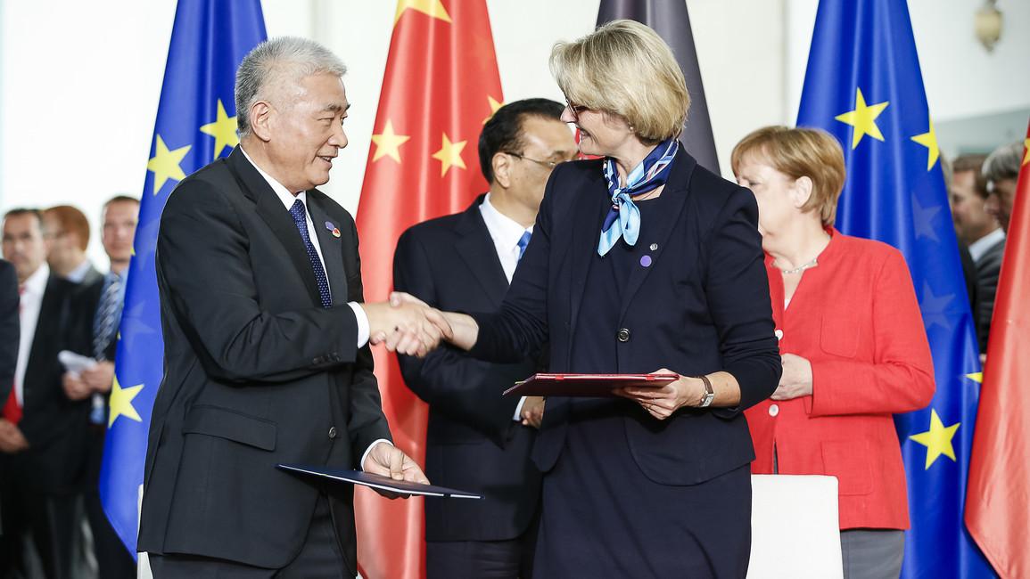 Unterzeichnung eines Abkommens mit dem chinesischen Forschungsminister