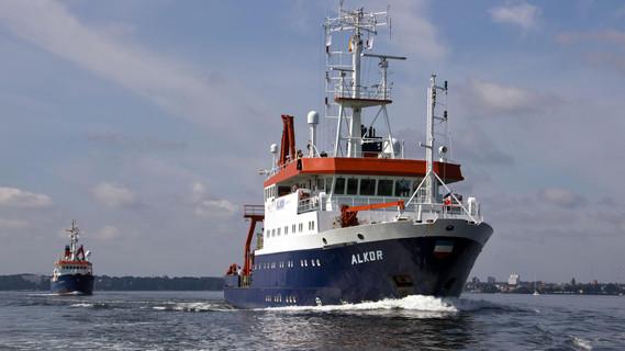 Die Forschungsschiffe Alkor und Poseidon in Kiel
