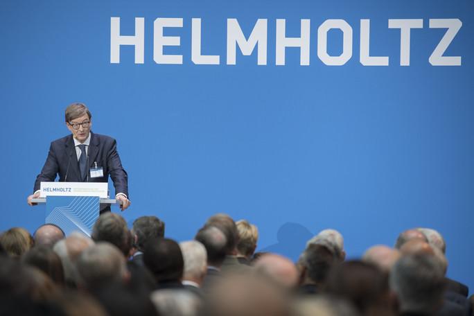 Otmar Wiestler, Präsident der Helmholtz-Gemeinschaft, eröffnet die Jahresveranstaltung