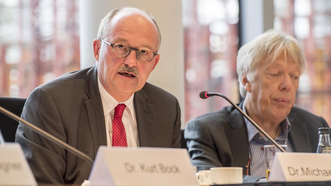 Michael Meister, Parlamentarischer Staatssekretär bei der Bundesministerin für Bildung und Forschung, spricht über die Fördervorhaben des BMBF im Bereich der Startups.