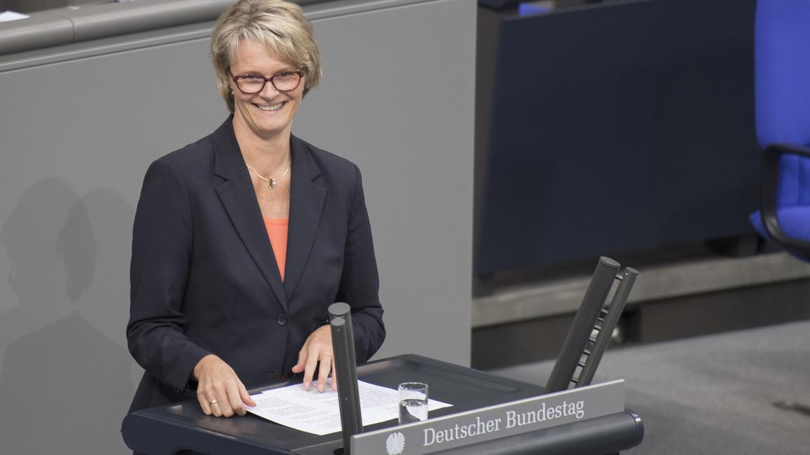 Bundesministerin Anja Karliczek bringt im Deutschen Bundestag den Entwurf des Haushaltsgesetzes für das Jahr 2019 ein.