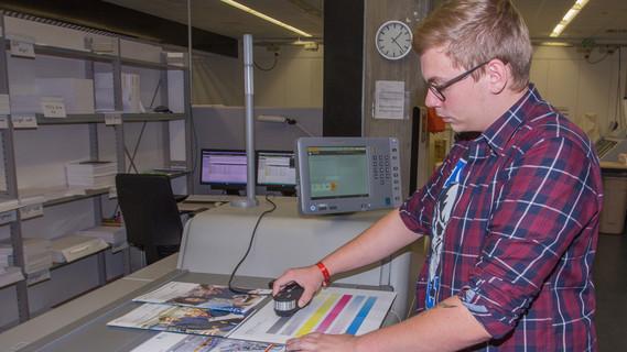 Dustin ist Auszubildender zum Medientechnologen