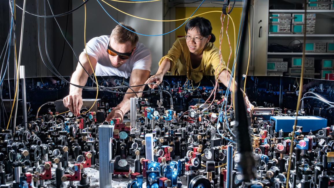 Nun gilt es in Deutschland, den Weg von der quantentechnologischen Grundlagenforschung über die Anwendung bis hin zu Vermarktung zu beschreiten.