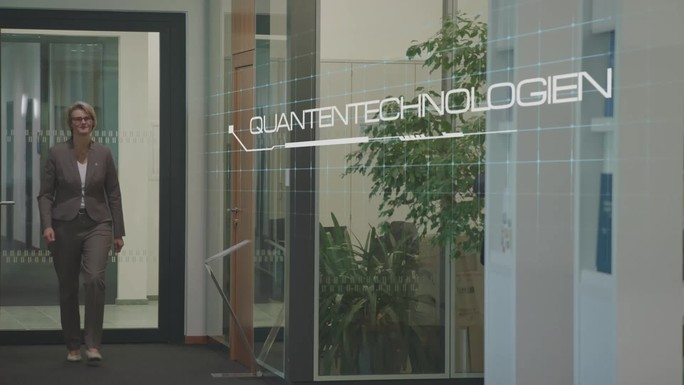 Poster zum Video Quantentechnologien - Von den Grundlagen zum Markt