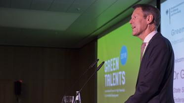 Georg Schütte eröffnet die Preisverleihung Green Talents 2018