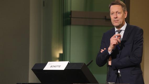 Georg Schütte, Staatssekretär im Bundesministerium für Bildung und Forschung, während seines Impulsreferates