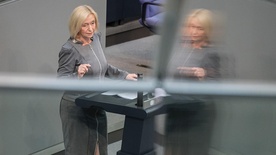Bundestagsdebatte zum Haushalt 2016