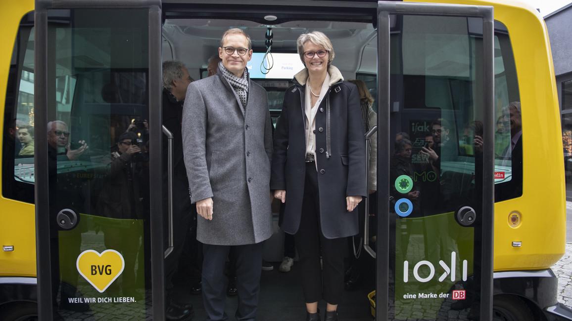 Fahrt im Elektrobus