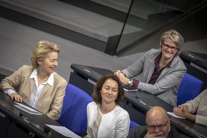 Am 17. Januar fand im Deutschen Bundestag eine Feierstunde aus Anlass des 100. Jahrestages der Einführung des Frauenwahlrechts statt. Daran nahm auch Bundesministerin Anja Karliczek teil.