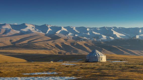 Yurt in der Steppe von Kasachstan