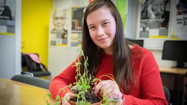 Karliczek besucht Schülerlabor und stellt MINT-Aktionsplan vor