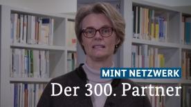 Poster zum Video Anja Karliczek zum 300. MINT-Netzwerk-Partner