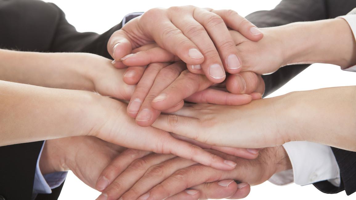 Verschiedene Hände.