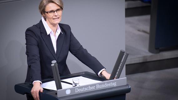 Bundesministerin Anja Karliczek in der Aktuellen Stunde zu den Klimastreiks der Fridays for Future Bewegung