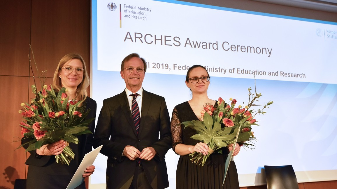 PStR übergibt ARCHES Preis