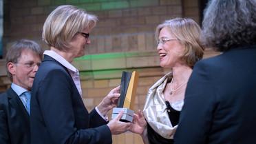 Bundesforschungsministerin Anja Karliczek verleiht in Berlin die Alexander von Humboldt-Professuren 2019.