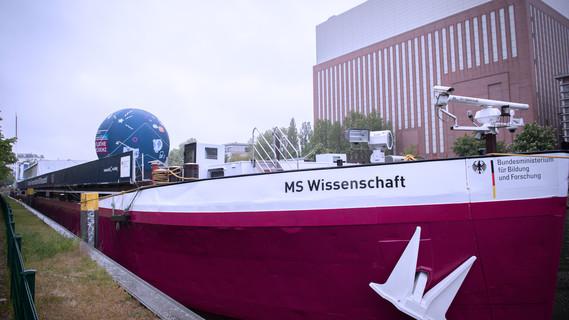 Die MS Wissenschaft.