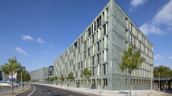 Blick auf den Neubau des Bundesministeriums für Bildung und Forschung am Dienstsitz Berlin