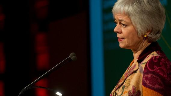 Staatssekretärin Quennet-Thielen während ihres Grußwortes