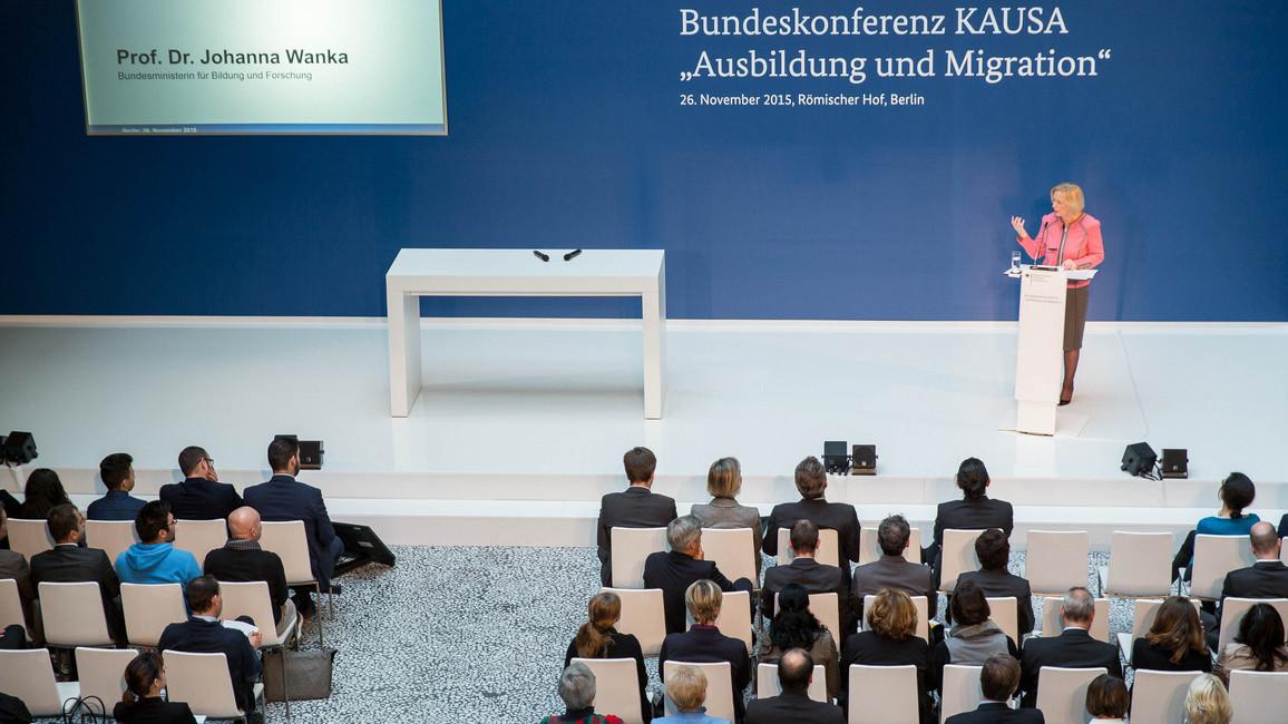 Bundesministerin Johanna Wanka auf der KAUSA-Bundeskonferenz