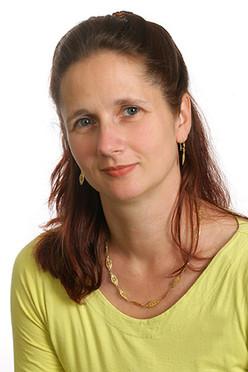 Kathrin Mahlendorf ist Bildungsberaterin am Infotelefon für Weiterbildung.