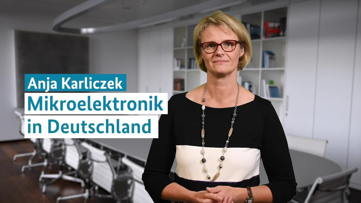 Poster zum Video Statement Anja Karliczek zu Mikroelektronik