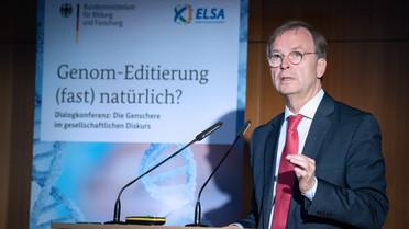 Thomas Rachel, Parlamentarischer Staatssekretär bei der Bundesministerin für Bildung und Forschung, während seiner Rede.