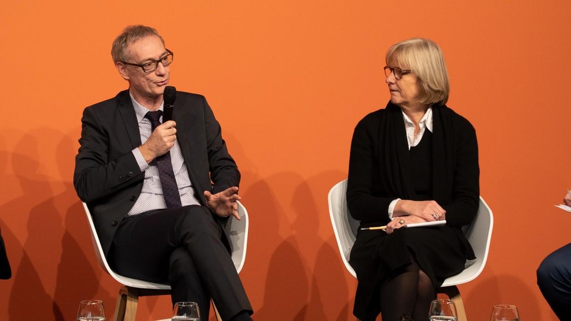 Staatssekretär Christian Luft während der Podiums-Diskussion.
