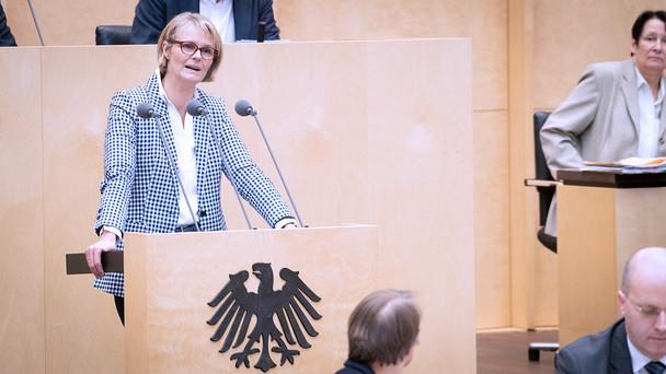 Anja Karliczek während ihrer Rede im Bundesrat.