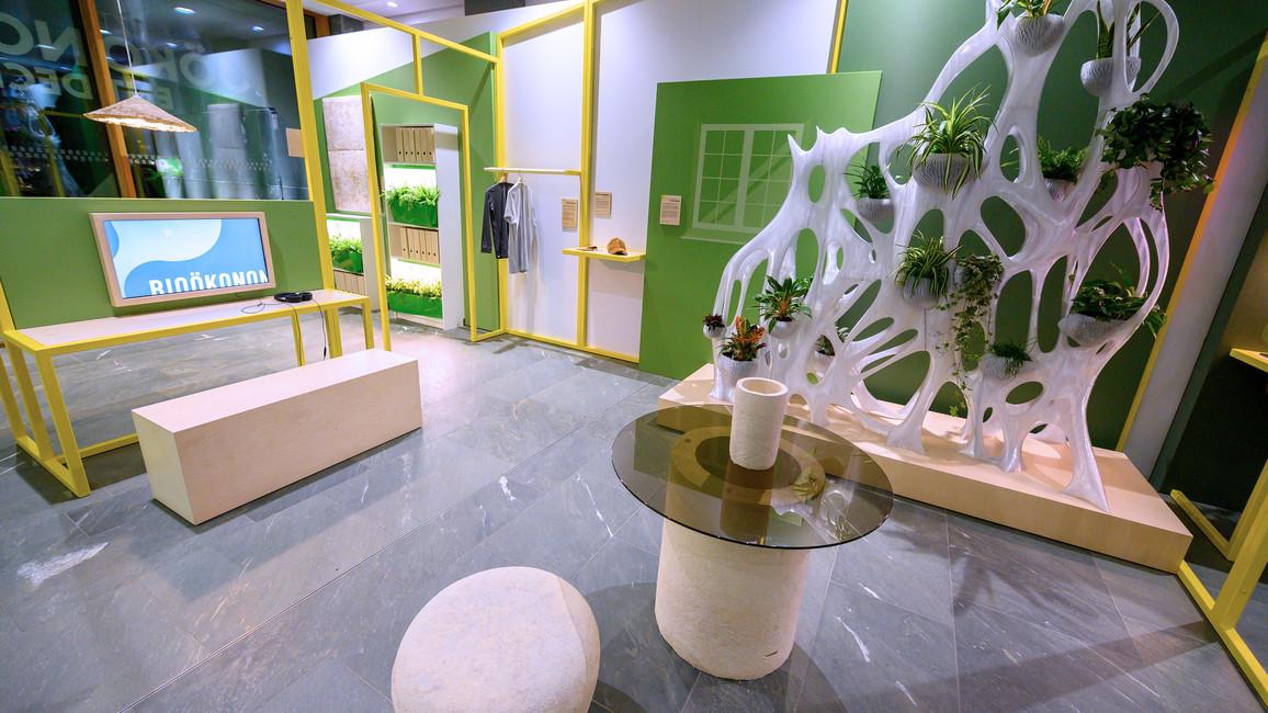 Blick in einen Wohnbereich der Zukunft: Hier könnte das Myzel, alsofadenförmige Zellen des Pilzes, als natürlicher und biologisch abbaubarer Klebstoff Möbeln mehr Festigkeit verleihen.<br />