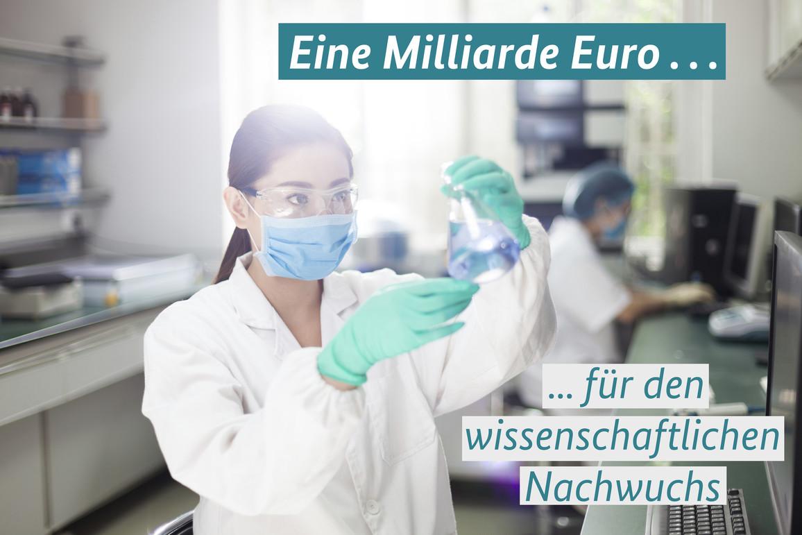 Nachwuchsforscherin im Labor
